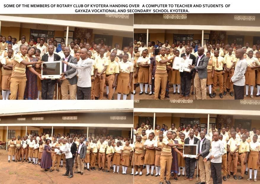 PC Übergabe an einer Ugandischen Schule